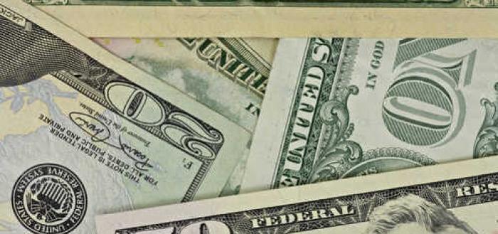 7 tips for avoiding ATM fees while traveling